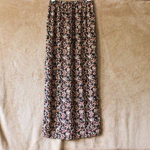 NWOT F21 Floral Maxi Skirt - side slits